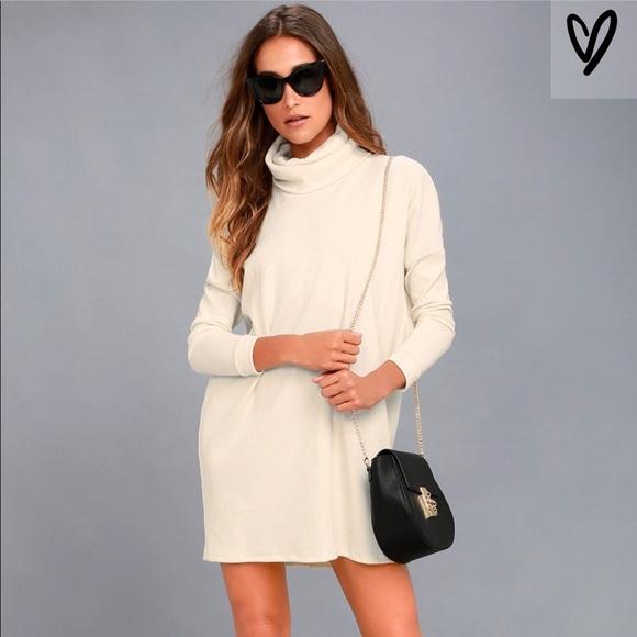 2e3fec5b9ace NWT Lulu s Turtleneck Sweater Dress